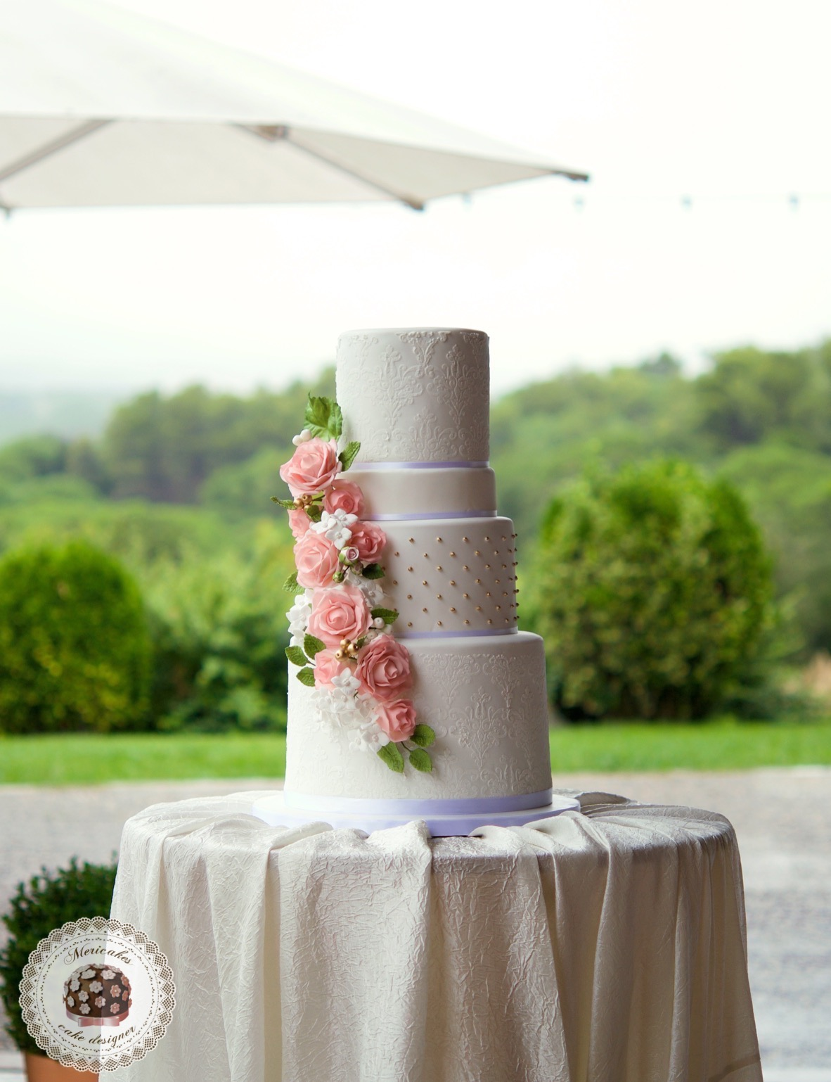 WEDDING CAKE, tarta de boda, cake artist, damask, sugar flowers, flores de aucar, hortensias, rosas, lemon curd, fondant, barcelona, mericakes 1
