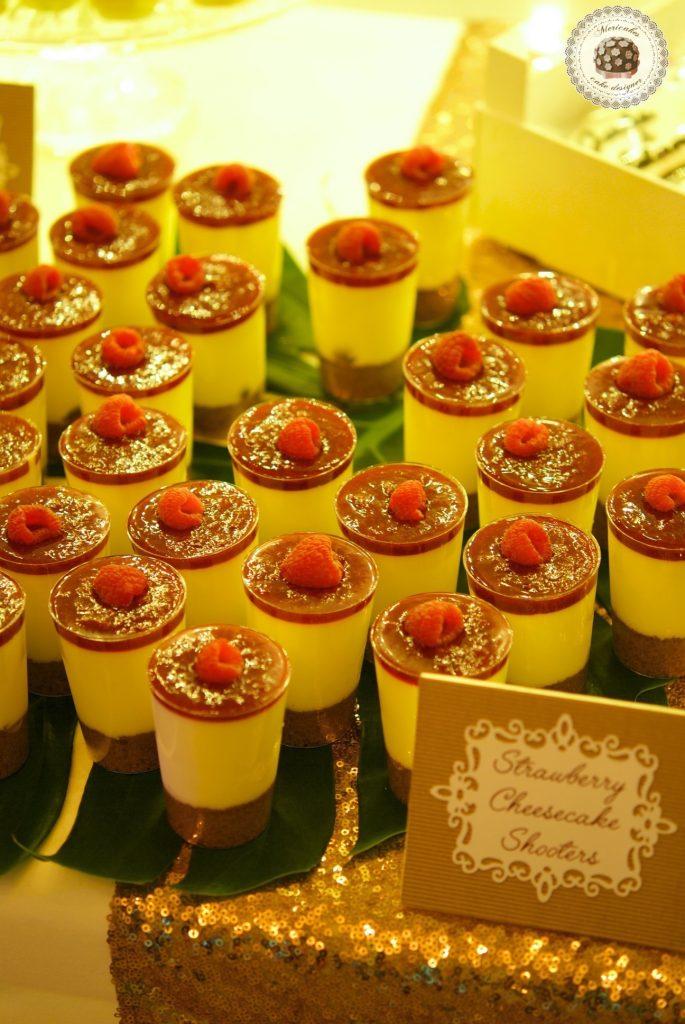 Tiramisú Love Dessert Table