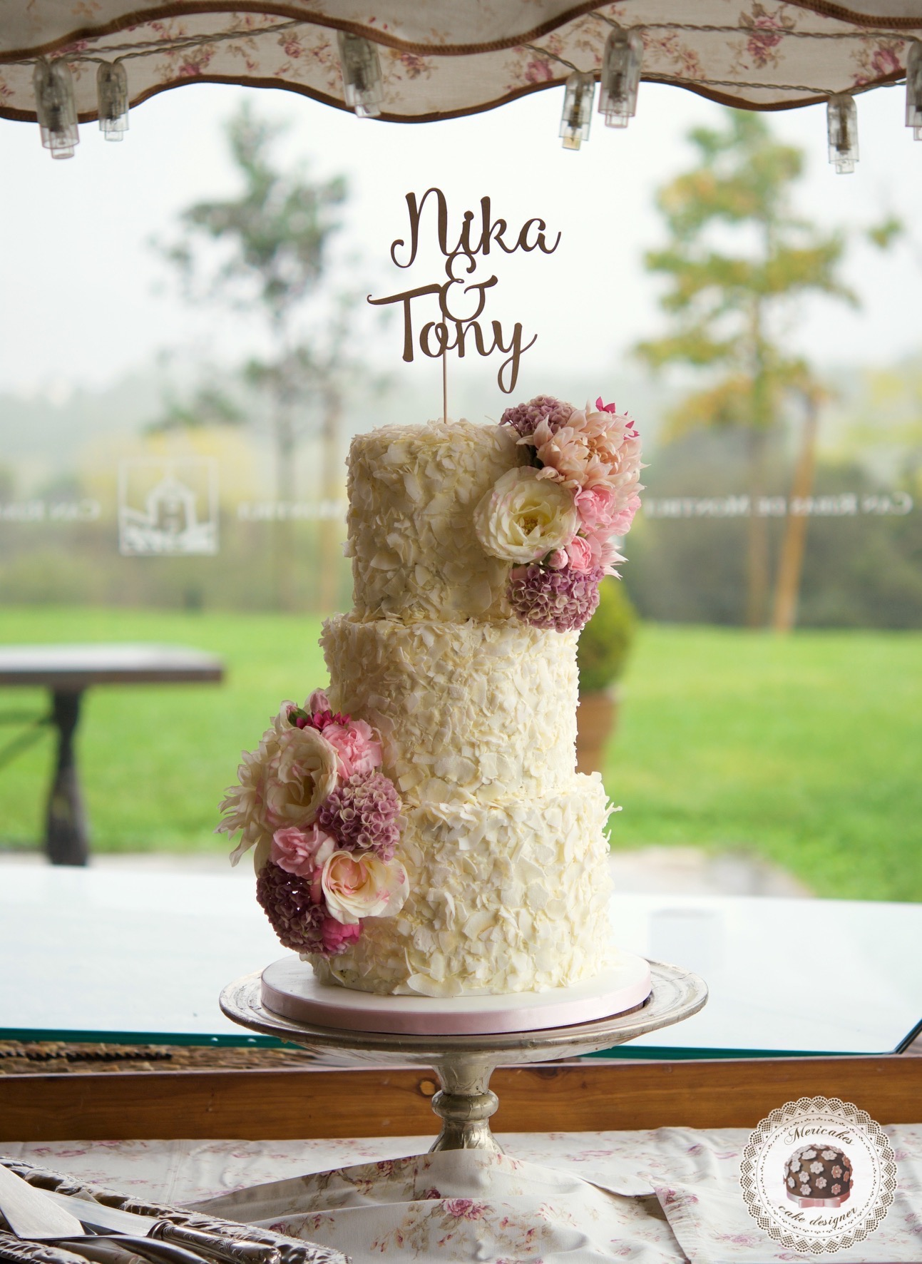 Coconot Wedding Cake, tarta de boda, mericakes, spain wedding, can ribas, barcelona wedding, fresh flowers, pastelería, chocolate 1