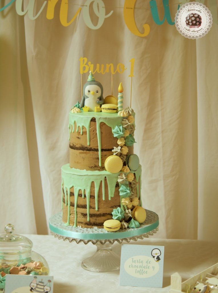 mesa dulce, candy bar, dessert table, drip cake, baby party, pinguino, penguins, cookies, cheese cake, macarons, mericakes, barcelona 1