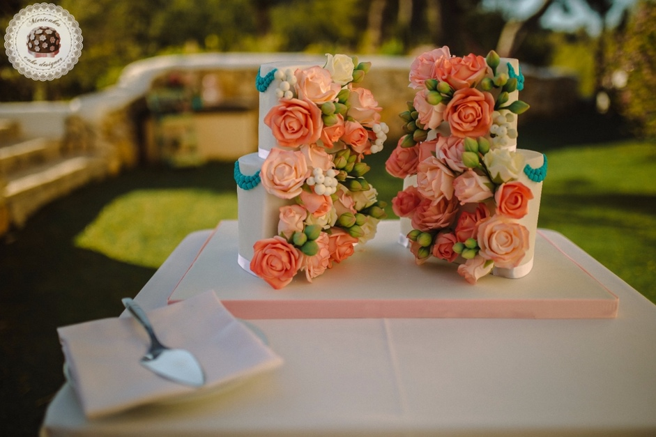 Peach Flowers Wedding Cake