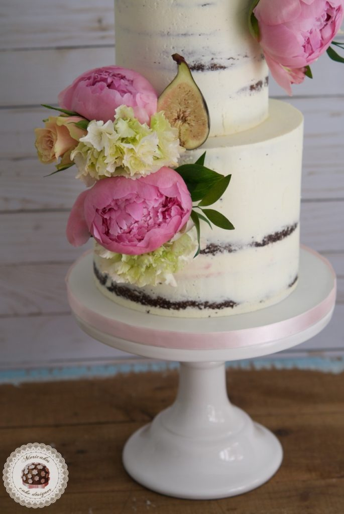 Peony and Figs Cake