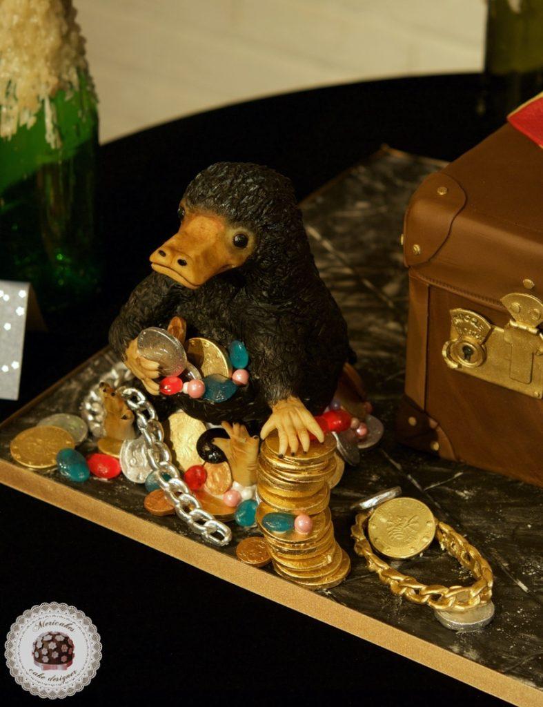 fantastic beasts cake