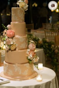 Lace and Roses Wedding Cake, luxury wedding cake, mericakes, tartas barcelona, tarta de boda, fondant cake, sugar flowers, sugar lace, tartas personalizadas, wedding cake designer, almond cake, 2