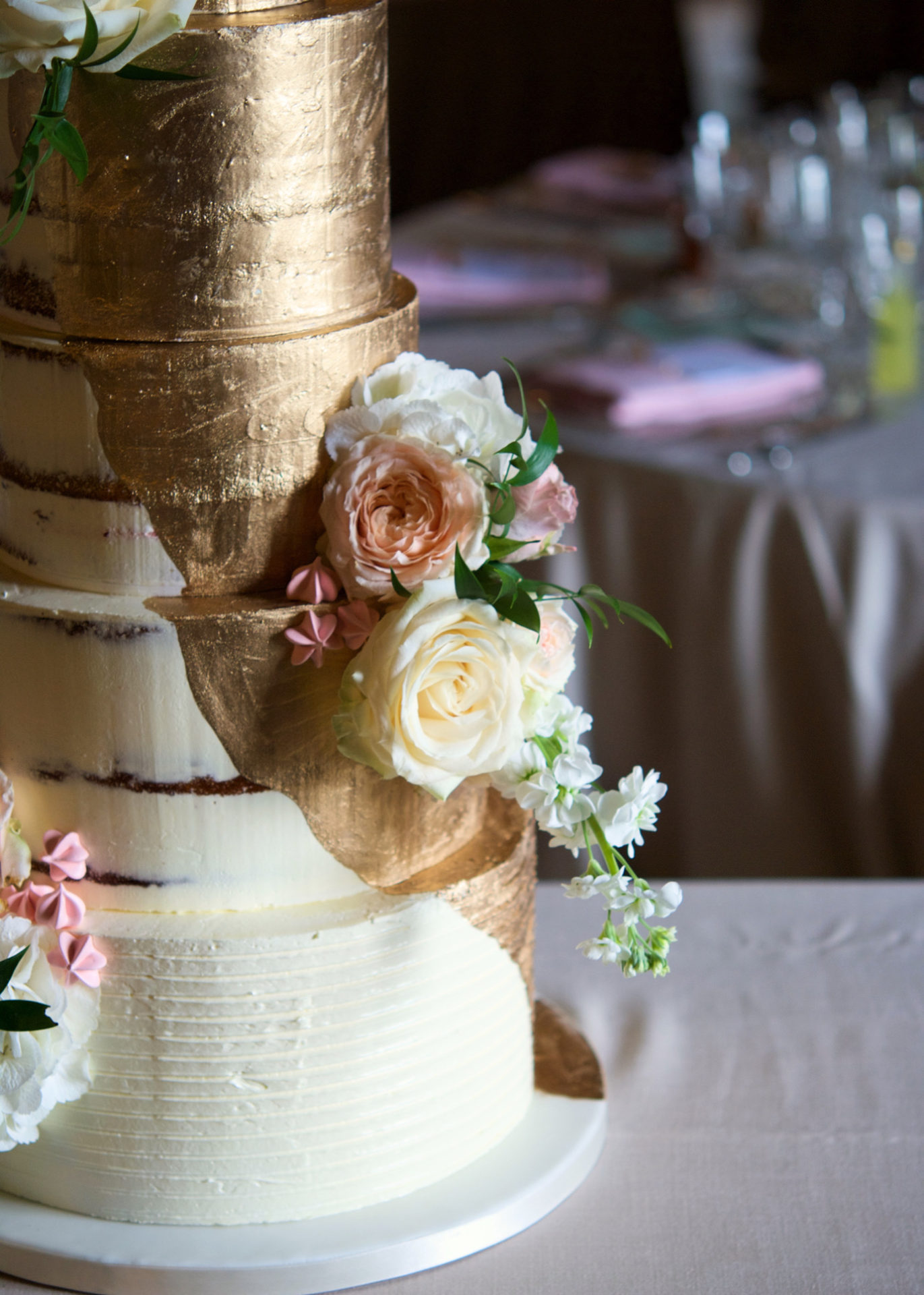 Master class tartas naked cake, tartas para eventos, gold wedding, fresh flowers, mericakes, tartas de boda, wedding cake, curso de reposteria, barcelona, 4