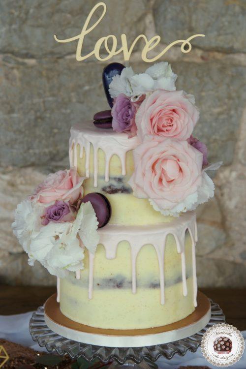 Geometric dessert table, mesa dulce, sweet table, tarta de boda, wedding cake, cake pops magnum, macarons, cupcakes,spain wedding, drip cake 10