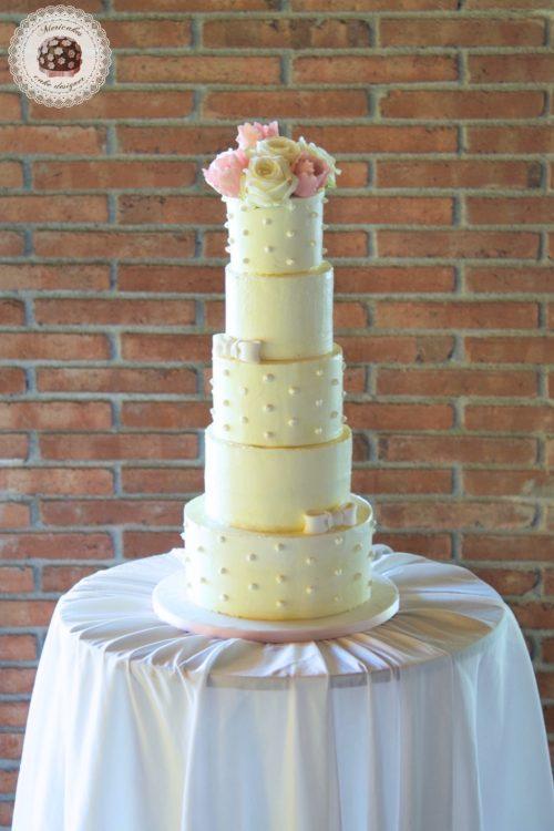 Wedding cake, cream cake, dots, tartas de boda, tortas, mericakes, barcelona, red velvet, roses, tuilps, sugar flowers, pastry, pasteleria creativa, spain wedding, bodas reales. 0
