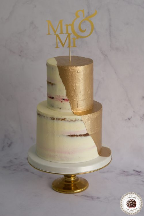 Wedding gold cream cake