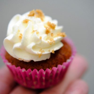 conejitos-del-polvo-suswatari-totoro-cake-pops-sweet-table-mericakes-barcelona-cake-tartas-decoradas-galletas-studio-ghibli-mi-vecino-totoro-cupcakes-carrot-cake-red-velvet23_fotor