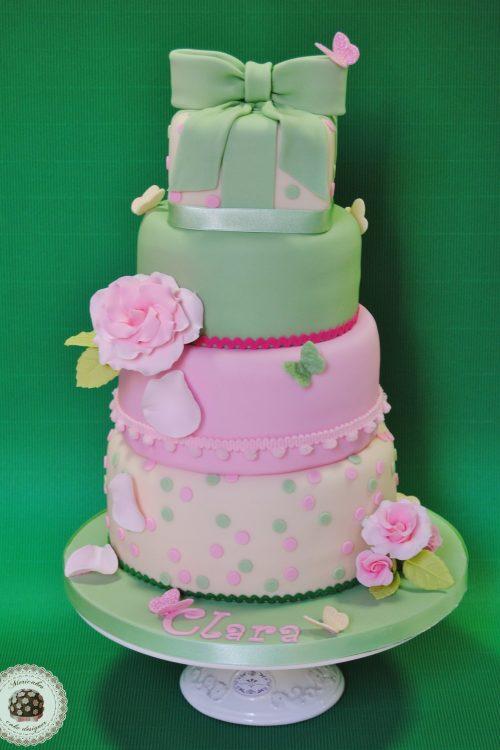 tarta-bautizo-pastel-tarta-infantil-christening-cake-barcelona-mericakes-fondant-baby-cake-sugarcraft-cake-decorting-reposteria-creativa