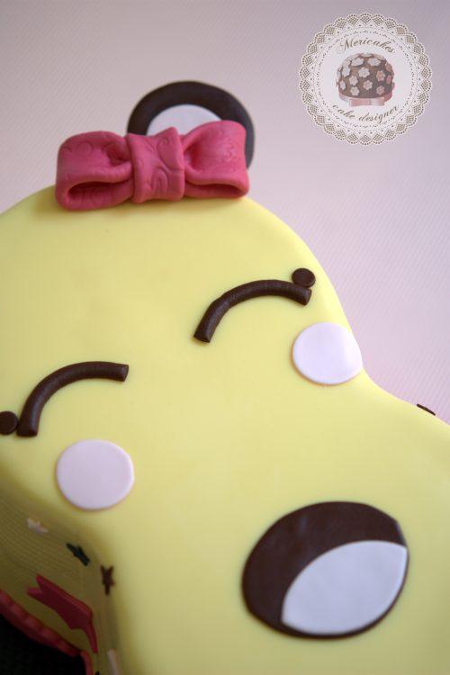 tarta-ocho-kawaii-eight-rainbow-cake-microfono-barcelona-naranja-chocolate-mericakes-fondant-4